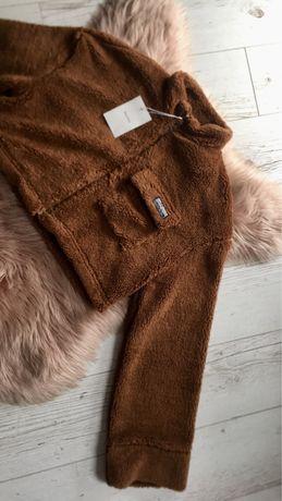 Krótka brązowa kurtka bluza futerko baranek bershka
