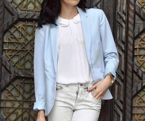 Женский пиджак голубой