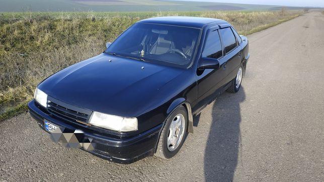 Хороший автомобиль Opel Vectra