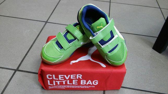 Nowe halowe buty dziec. PUMA 102662