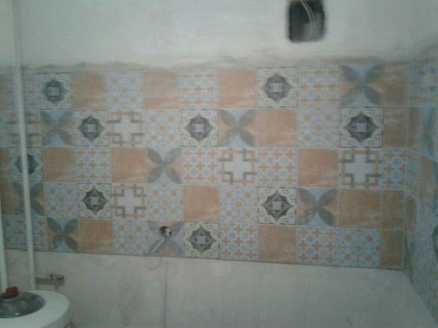 Плиточник. Ремонт ванной комнаты, укладка плитки