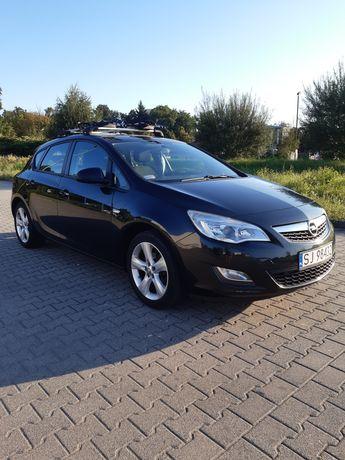 Opel Astra J 2012 r. Benzyna+ LPG