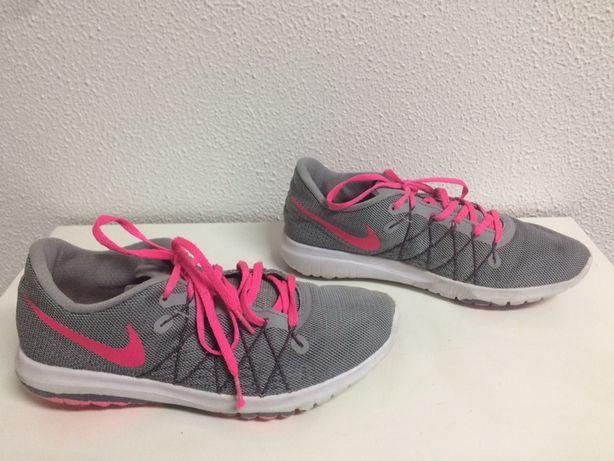 Sapatilhas/Ténis Senhora Nike Flex.  38,5