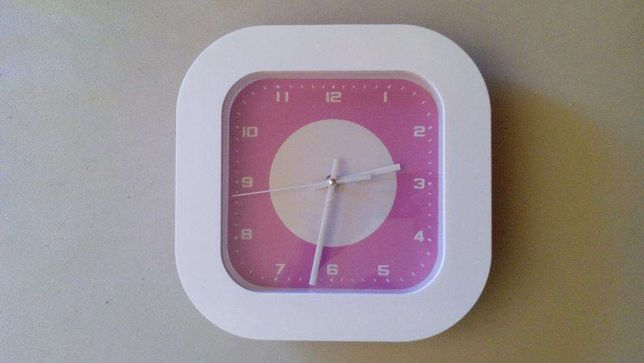 Relógio de parede cozinha / sala cor-de-rosa