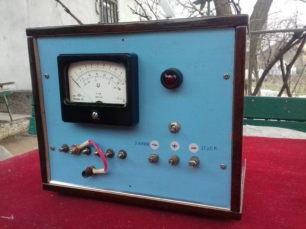 Зарядно - пусковое устройство 12В