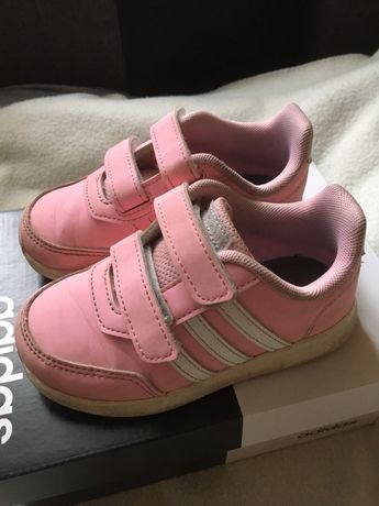 Adidas różowe dla dziewczynki