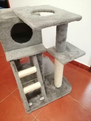 Arranhador 3 andares