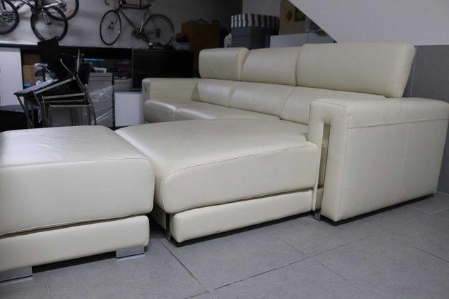 sofá branco em pele