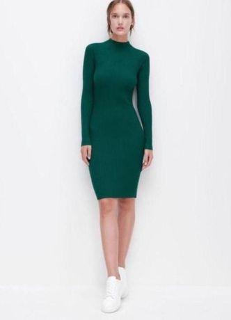 Платье новое фирменное. Размер L. Цвет зелёный.