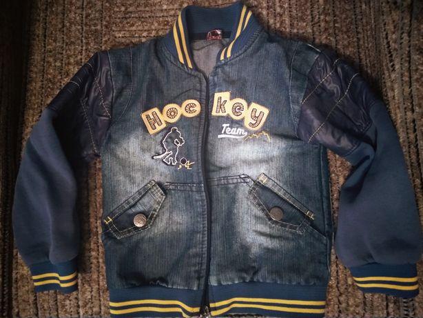 Куртка на мальчика, джинсовая, 98-104, цена 250 ру.