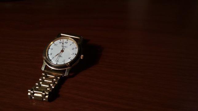 Часы Полет кварц AU10
