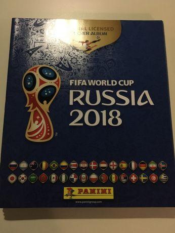 Muitas cadernetas vazias de Futebol