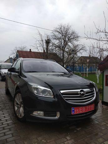 Opel Insignia Заряжена торг!