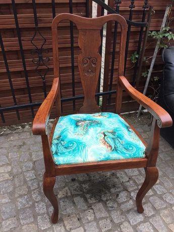 Krzeslo z oparciami
