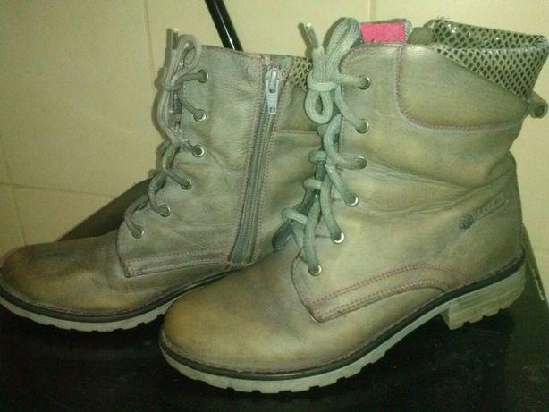 Buty zimowe,skórzane kozaki dziewczęce Lasocki rozm.35