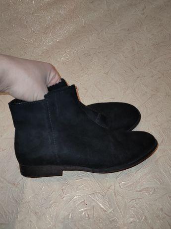 Демисезонные ботинки челси H&M для девочки р.32