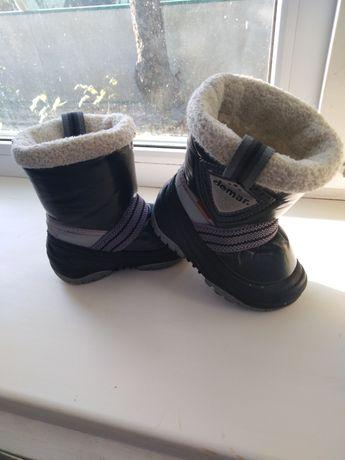 Продам детские сапожки на зиму