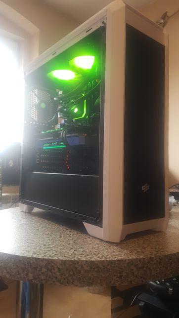 Komputer i7 9700K, GTX 1080Ti, 32GB RAM, 1TB SSD