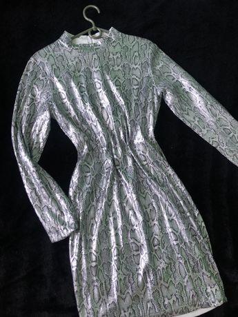 Сукня зміїний принт