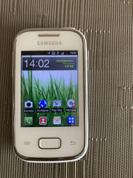 Телефон Samsung Galaxy Pocket