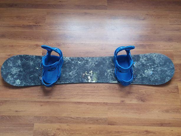 Deska snowboardowa Burton Blunt 159W + wiązania Burton Freestyle XL