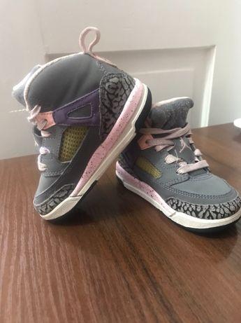 кроссовки-хайтопы Оригинальные Jordan
