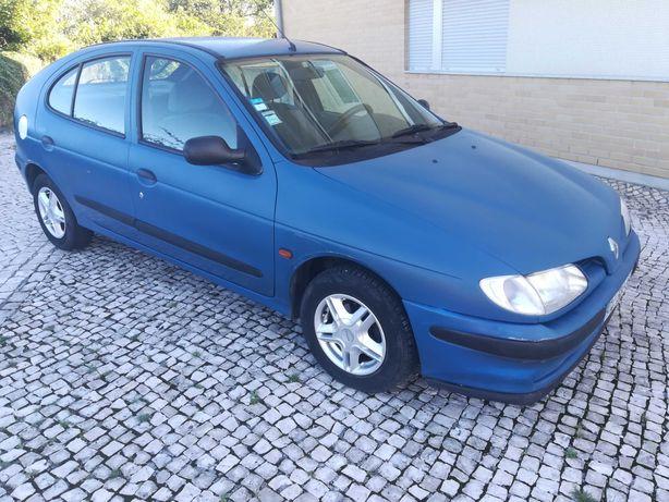 Renault Megane 1.4 Direcção assistida