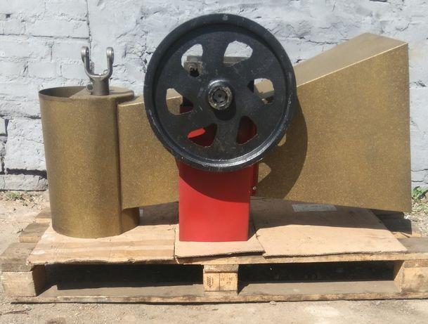 Измельчитель Веток с бункером До 120мм Для Мотора, Трактора.