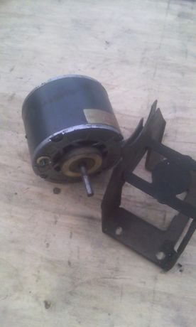 Электродвигатель 2ДАК71 - 40 - 1,0 - У2