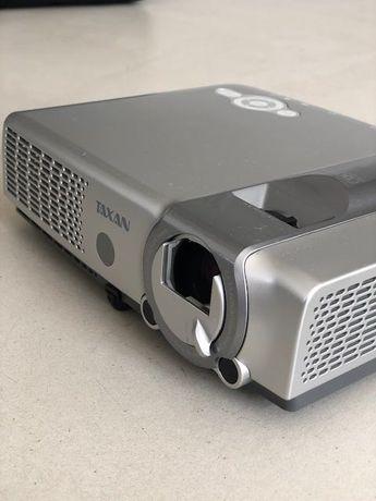 TAXAN PS-232X Projector