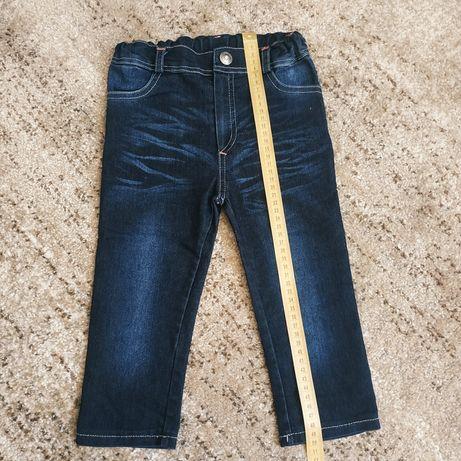 Продам Штанишки джинсы для девочка