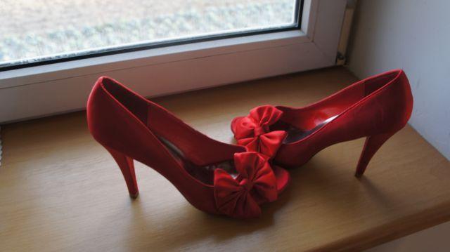 Buty szpilki wizytowe roz 39