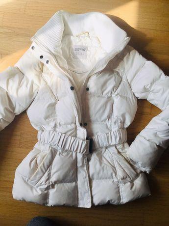 Kurtka zimowa Esprit biała