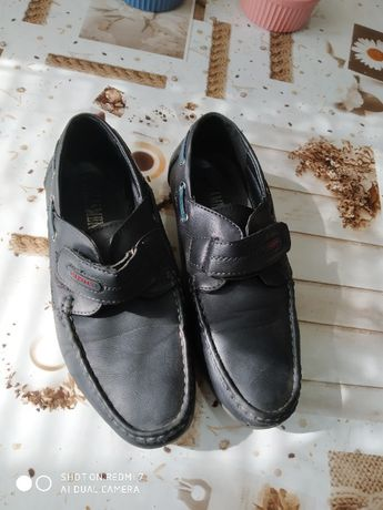 Туфли подростковые в хорошем состоянии
