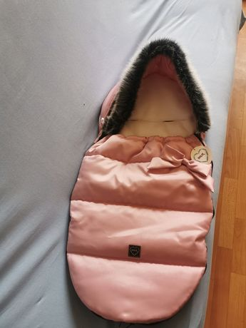 Nowy śpiworek zimowy dla dziewczynki