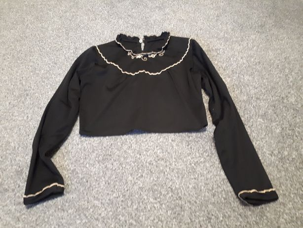Krótka czarna bluzka