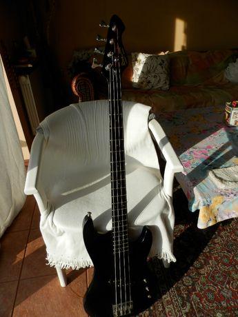 gitara basowa Hohner (by rockwood)