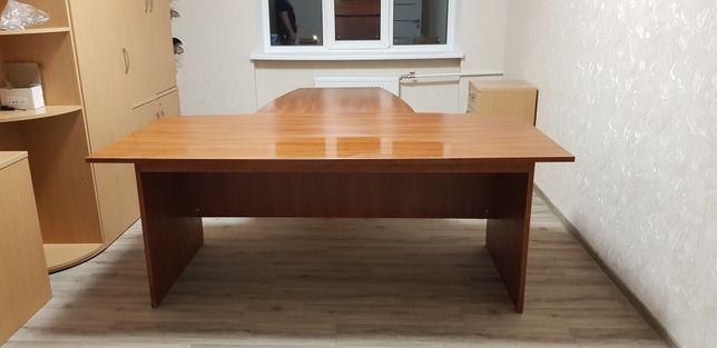 Стол офисный для руководителя с приставной к5