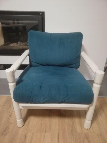 Fotel PRL z poduszkami, biały
