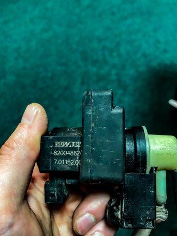 Клапан включения турбины Renault Laguna 2 8200486264