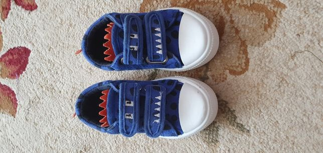 Детские кроссовки,  кеды, ботинки Mothercare