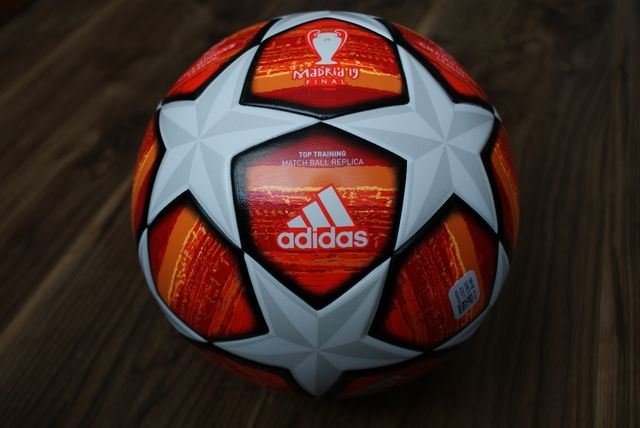 Piłka Adidas Madrid19 Final Top Training Atest Fifa Quality.