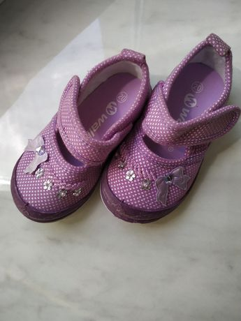 Туфлі/босоніжки 20 розмір