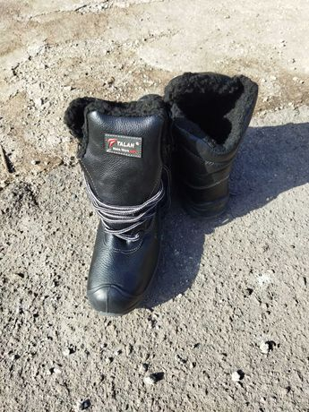 Ботинки 38 разм.рабочие теплые