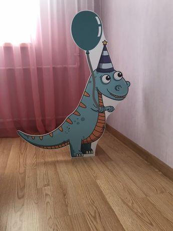 Динозавр из ПВХ