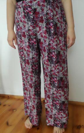 Spodnie typu cullortte, długie roz 22 (50 -52)