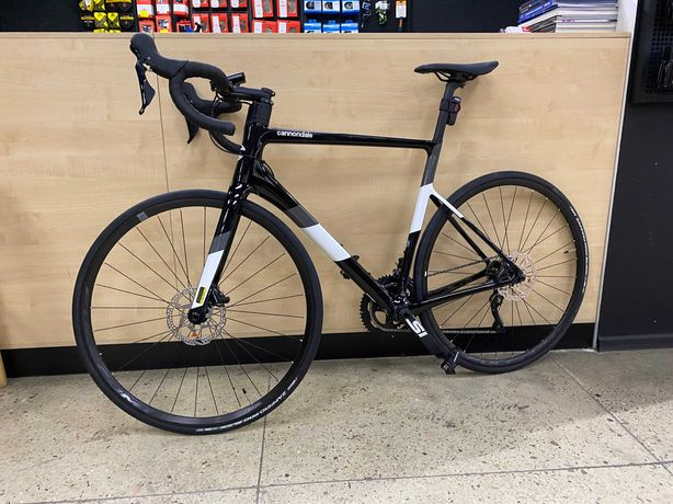 Cannondale Supersix evo 2020 disc 105, размер рамы 56