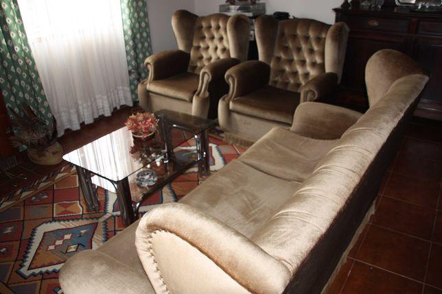 Conjunto de sofás