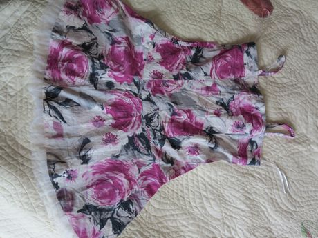 Sukienka na upały bawełna 100% przewiewna r. 9-10 lat