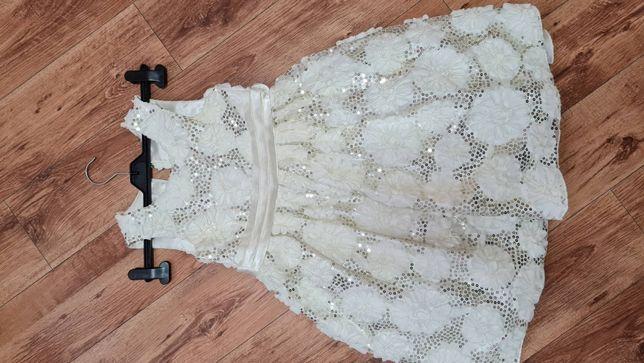 Дитячi сукнi наряднi :випускнi,святковi,вишиванки.